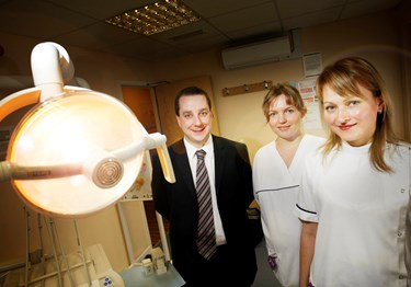 Poles and IDH support NHS Dentistry and Wrexham